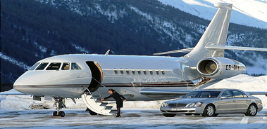 charter flight Falcon 2000